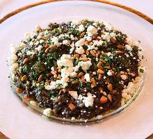 Sočios lęšių ir avinžirnių salotos su tahini padažu