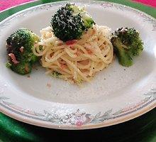Spagečiai su brokoliais ir Parmos kumpiu