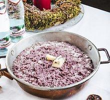 Risotto su gorgonzola ir raudonu vynu