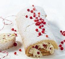 Šveicariškas pyragas su uogiene ir maskarponės kremu