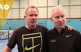 Brolių McEnroe pasakojimas apie legendoms skirtus turnyrus Melburne