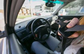 Žmonės vietoj baudos už neužsegtą saugos diržą išbandė jų efektyvumą