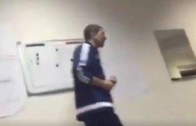 Rusiška futbolo mokykla: treneris per 2 minutes panaudojo 93 keiksmažodžius