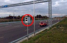 Legalu: vairuotojai gali naudoti prietaisą, fiksuojantį greičio matuoklius
