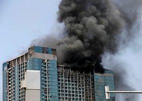 Daugiaaukščio namo gaisras Abu Dabyje