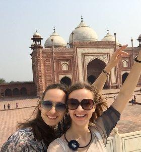 Visiškai savarankiška dviejų merginų kelionė po Indiją