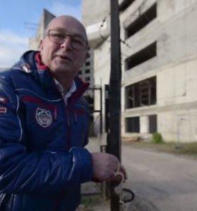 """Kauno meras vaizdo įraše kviečia prisirakinti prie savo įmonės įsigyto """"Respublikos"""" vaiduoklio"""