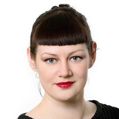 Lauryna Vireliūnaitė, Politikos aktualijų žurnalistė