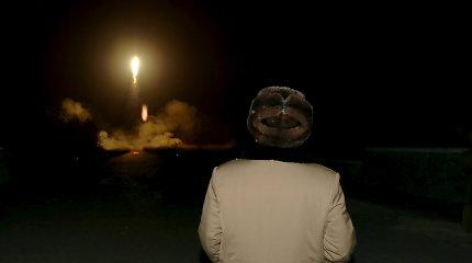 Pentagonas: JAV nebūtinai numuštų Šiaurės Korėjos tarpžemyninę raketą