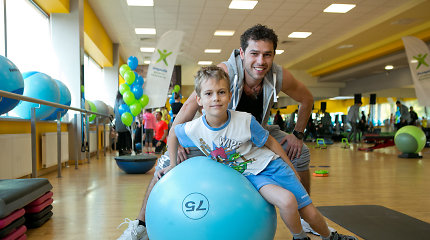 Deividas Meškauskas į treniruotę atvyko su sūnumi: Adomo pomėgiai – karatė, dviračiai ir slidės