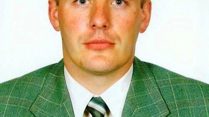Už girtumą iš tarnybos nevytas Telšių policijos viršininko pavaduotojas L.Špakauskas išėjo pats