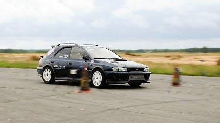 """""""Subaru"""" klubo varžybos """"Think.Feel.Drive"""" greičio mėgėjus vėl subūrė Rukloje"""