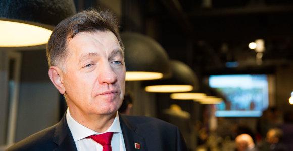Premjeras eina nemokamų atostogų dėl kampanijos Vilkaviškyje