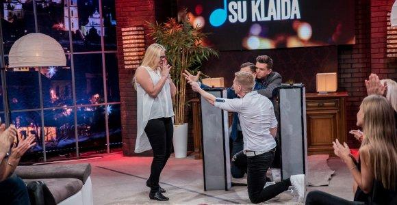 TV laidoje – tikros piršlybos: elektrėniškis Remigijus paprašė mylimosios Albinos rankos