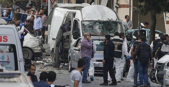 Stambule – galingas sprogimas prie policijos nuovados