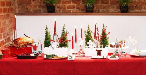Vokiškas Kalėdų stalas. Šventinių patiekalų receptai – nuo bulvių salotų iki keptos žąsies