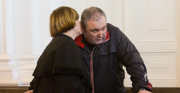 Už teisiamo tankisto Jurijaus Melio paleidimą pasiūlytas 50 tūkst. eurų užstatas