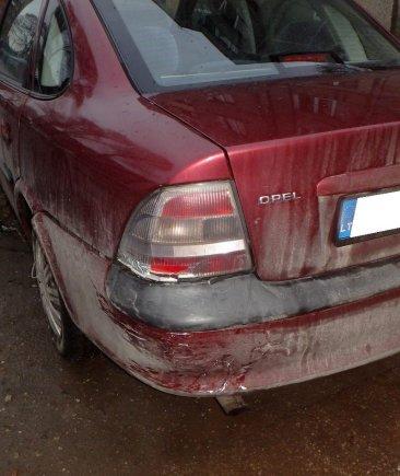"""Kauno apskrities VPK nuotr./""""Opel Vectra"""" avarija Kėdainiuose"""