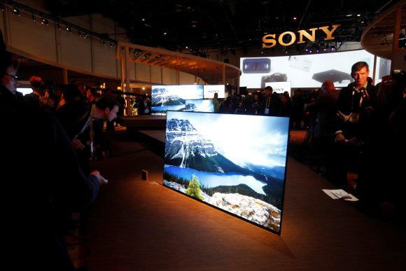 """""""Reuters""""/""""Scanpix"""" nuotr./""""Sony"""" televizorius be garso kolonėlių"""