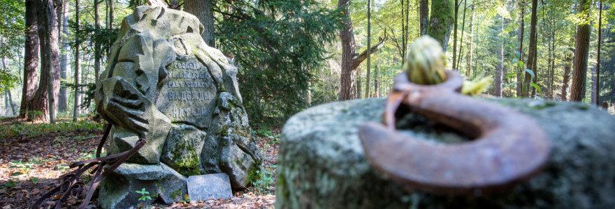 Varėnos rajone dešimtmečius niekinamos istorinės kapinės