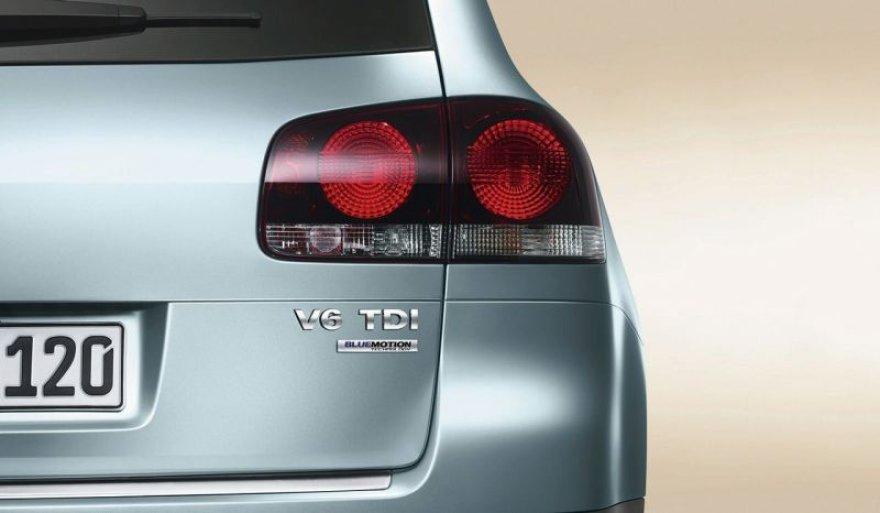 """""""Volkswagen Touareg V6 TDI BlueMotion"""" – ekonomiškas tankas"""