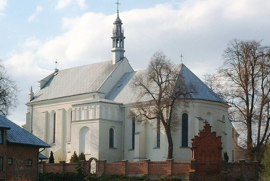 Onos Danutės Kęstutaitės perlaidojimo vieta šv. Mykolo bažnyčioje Varkoje