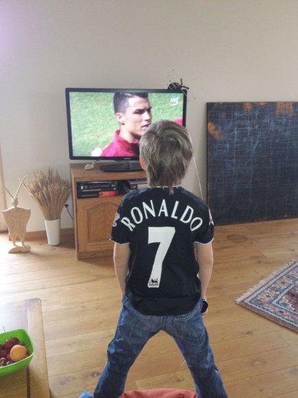"""Konkursas """"Aš – futbolo aistruolis"""". 7-erių metų Justas"""