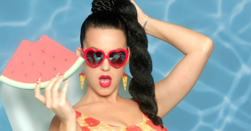 "Katy Perry dainos ""This Is How We Do"" vaizdo klipe"