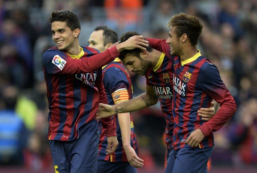 """""""Barcelona"""" žaidėjai – Markas Bartra, Cescas Fabregasas ir Neymaras"""