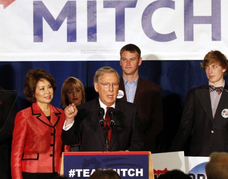 JAV Senato mažumos lyderis Mitchas McConnellas