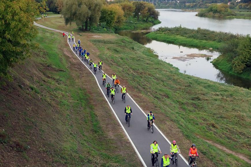 Trečiadienį oficialiai atidarytas 5,5 kilometrų ilgio dviračių takas, kuriuo Šilainių gyventojai per keliolika minučių patogiai gali pasiekti centrinę miesto dalį.