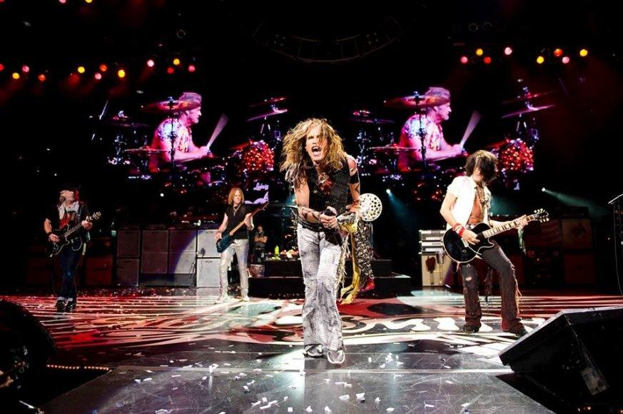 """""""Aerosmith"""" scenoje"""