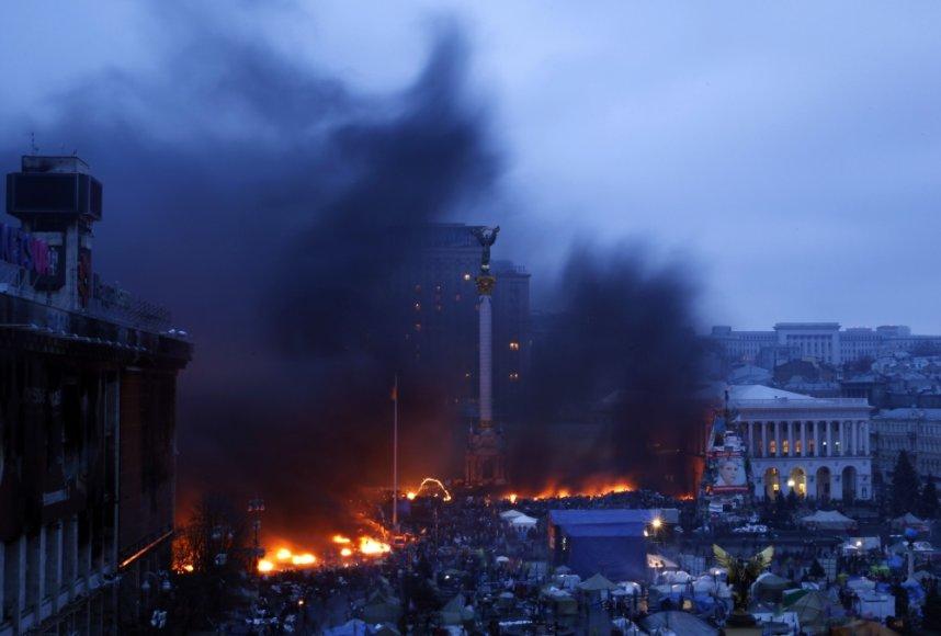 Kijevo Maidane atsinaujino susirėmimai