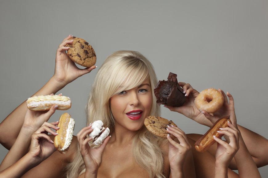 Besilaikanti dietos moteris