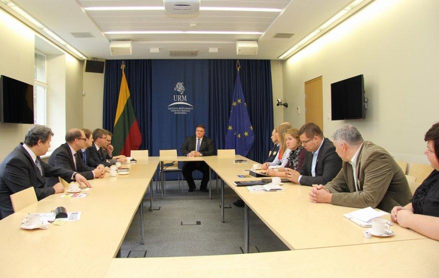 Susitikimas užsienio reikalų ministerijoje