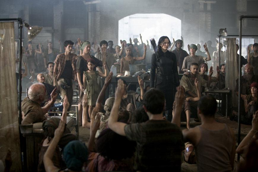 """Jennifer Lawrence filme """"Bado žaidynės: Strazdas Giesmininkas. 1 dalis"""""""