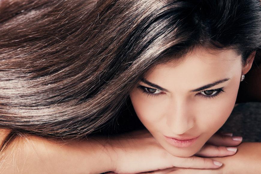 Sveiki ir žvilgantys plaukai