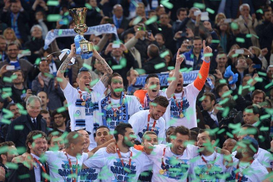 """Napoli"" futbolininkai švenčia"