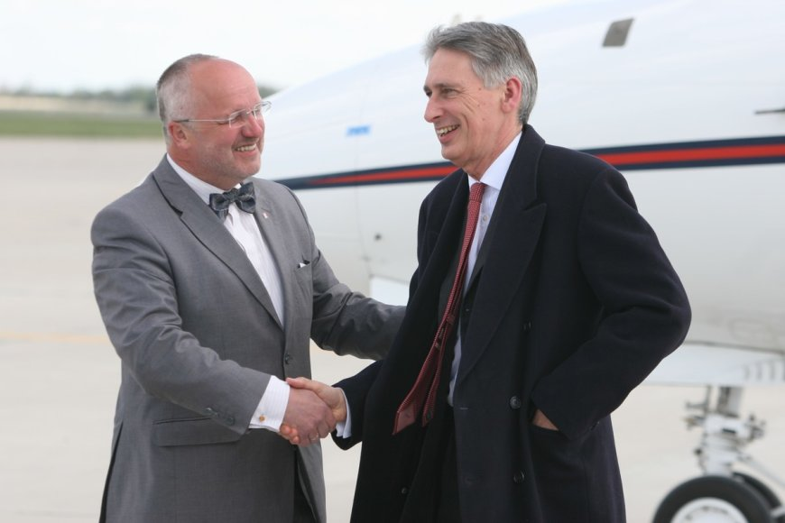 Juozas Olekas ir  Phillipas Hammondas