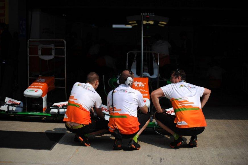 """""""Sahara Force India"""" komandos nariai"""