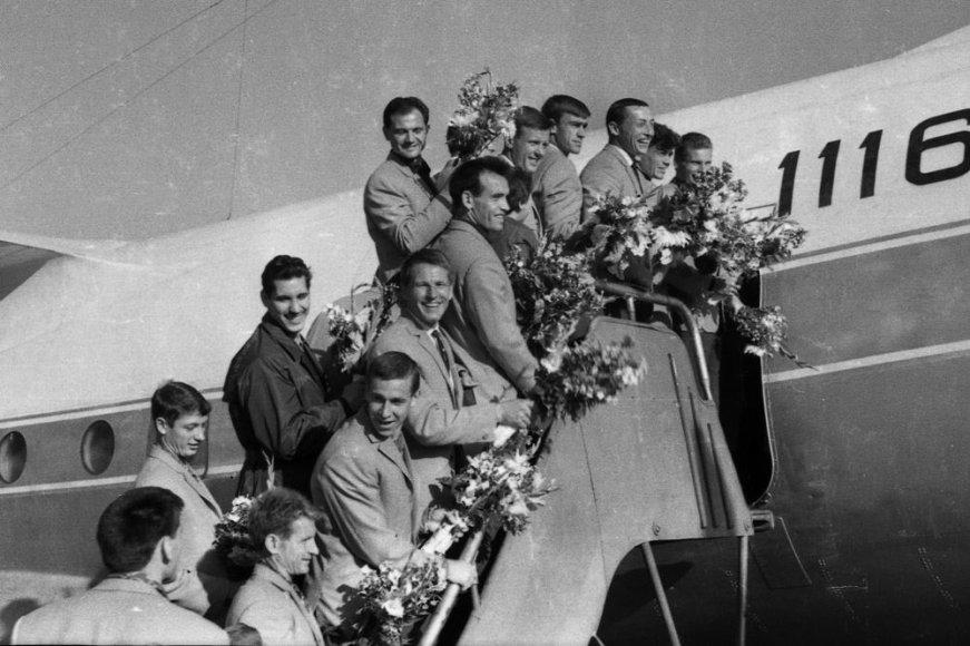 1964 m.