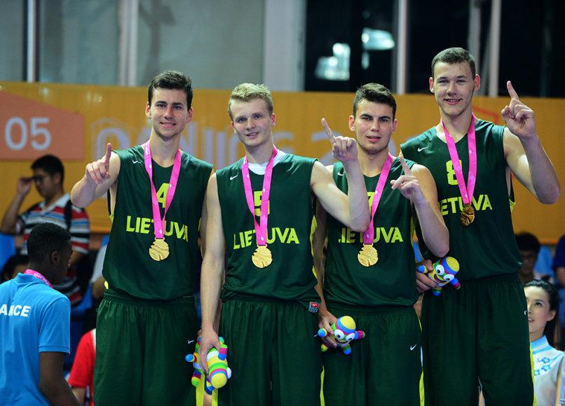 Lietuvos krepšinio trijulių rinktinė – Nandzingo žaidynių čempionė