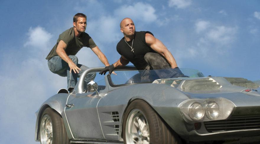"""Paulas Walkeris ir Vinas Dieselis filme """"Greiti ir įsiutę 5"""""""