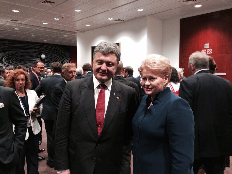 Dalia Grybauskaitė susitiko su Ukrainos prezidentu Petro Porošenka.