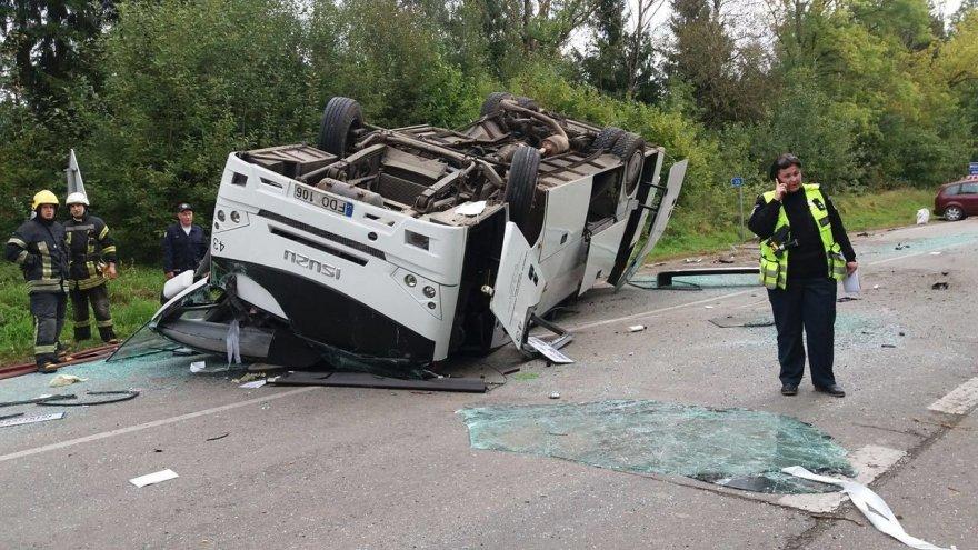 Autobuso avarija Raseinių rajone