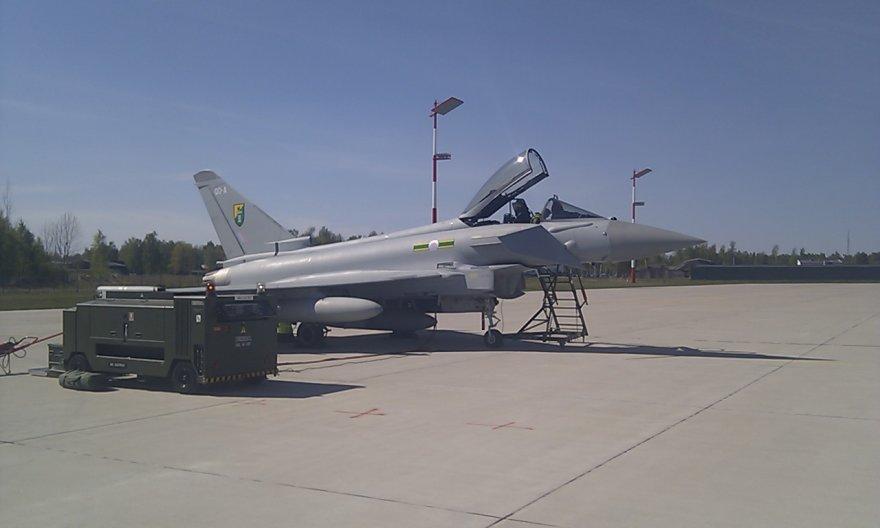 Jungtinės Karalystės naikintuvai atskrido saugoti Baltijos oro erdvės.