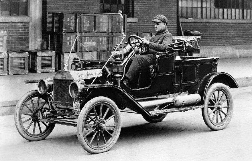"""1916-aisiais metais 55 procentus visų automobilių sudarė """"Ford T Model"""""""