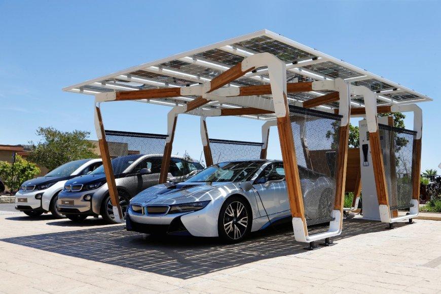 BMW elektromobilių įkrovimo stotelės vizija
