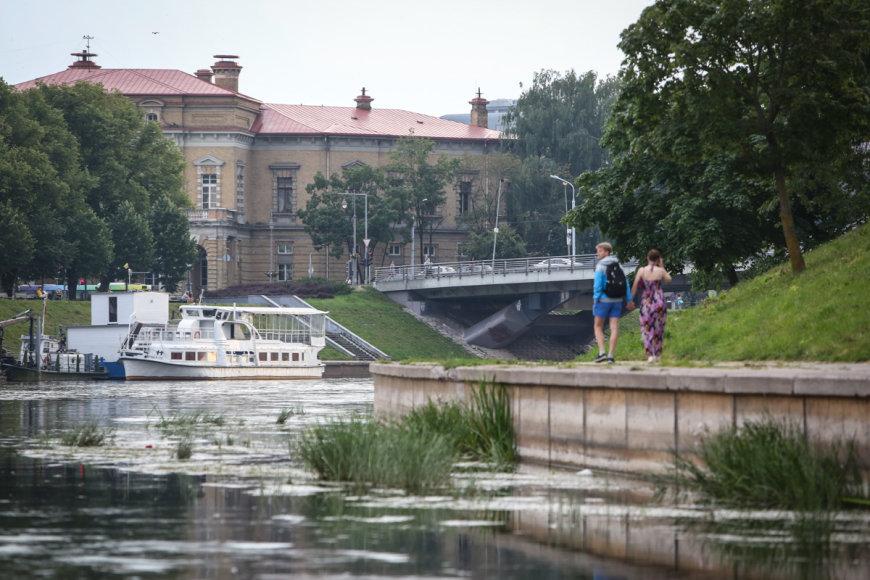 Neries pakrantės Vilniuje