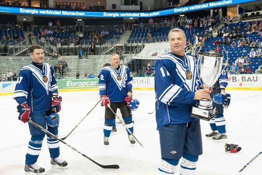 "Aleksandras Medvedevas yra ne tik ""Gazprom"" vienas iš vadovų, bet ir KHL prezidentas"